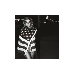 An image of Marina & the Diamonds ❤ liked on Polyvore featuring marina, pictures, black and white and marina and the diamonds