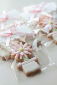 Flower Cookies by LyonWu, via Flickr