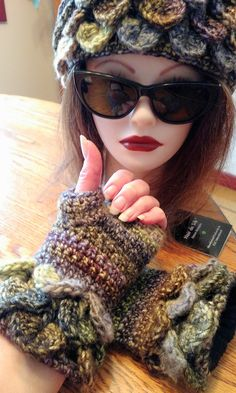 Avelyn Fleece Lined gloves Elven collection ( headband sold separately) — Alily Crochet