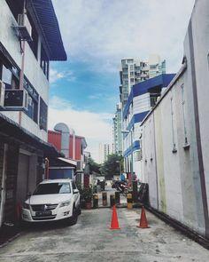 My Daily route going to work my neighborhood at Kovan TGIF! #Singapore #SG #travel #2ndhome #work #tourism #wanderlust #ilovetravel #instatravelling #instavacation #travelblogger#travelling #trip #traveltheworld #igtravel #getaway #travelblog #instago #travelpics #tourist #wanderer #travelphoto #mytravelgram #visiting #travels #pinoysg #pinoy by iand027