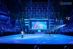 YESTECH Magic Stage outdoor led screen P5.9 using in ISS DOME, Dusseldorf, Germany products details:http://www.yes-led.com/ledxsp/1073.html