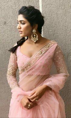 Beautiful Girl Indian, Most Beautiful Indian Actress, Beautiful Girl Image, Beautiful Saree, Beautiful Actresses, Beautiful Roses, Beauty Full Girl, Beauty Women, Bollywood Actress Hot