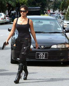 BollyWood Hot Wallpaper: Bollywood Actress Hot Back