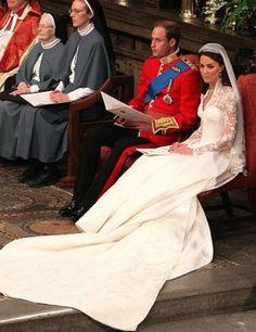 the royal wedding kate and william - william and kate royal wedding via mylusciouslife.com.JPG