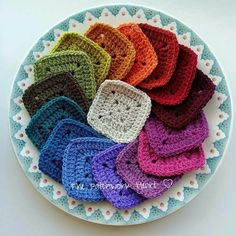 One of Heather's many inspiring colour recipes, this vintage rainbow palette is a classic range of shades and is sure to create something you'll want to treasure forever. These sixteen shades of the bestselling Stylecraft Special DK yarn makes a great starter pack and would create a stunning blanket project. Please note, this yarn pack does not contain a printed pattern, but you'll find lots of patterns for using this yarn on The Patchwork Heart blog. This pack contains sixteen 1...