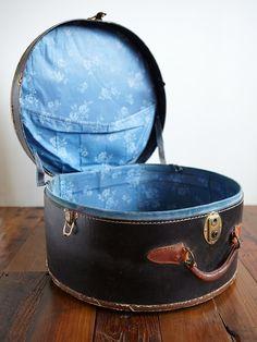 71804218de014 154 Great Vintage Hat Boxes images