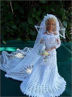 "Barbie in ""Astral"" Model Brautkleid Crochet Doll Dress, Crochet Barbie Clothes, Doll Clothes Barbie, Barbie Doll, Barbie Bridal, Barbie Wedding Dress, Barbie Dress, Habit Barbie, Crochet Wedding Dresses"