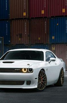 Dream car: Dodge Challenger SRT Hellcat on Wheels Us Cars, Sport Cars, Dodge Challenger Srt Hellcat, Dodge Vehicles, Mc Laren, Best Luxury Cars, Mustang Cars, Amazing Cars, Car Car