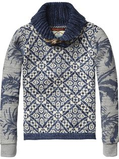 Snuggle up in relaxed jeans and this cosy shawl collar all-over printed pullover with contrast sweat sleeves for those chilly days.