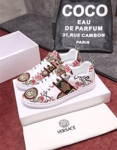 Versace Casual Shoes For Men Gucci Mens Sneakers, New Sneakers, Loafers Men, Fashion Belts, Men Fashion, Fashion Shoes, Versace T Shirt, Versace Shoes, Trendy Shoes