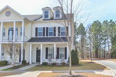 Beautiful #townhome in #ChapelHill. #2cargarage and an awesome #bonusroom!