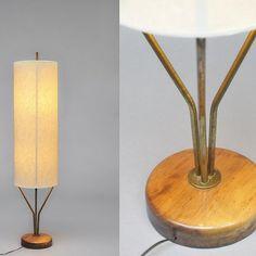 Lampadaire B1 avec abat-jour en bristol fort, laiton doré, bois et métal laqué…
