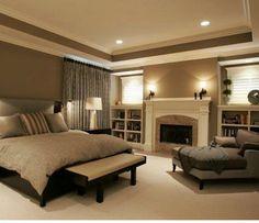 Love the bedroom built in bookshelves.