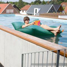 Pool Bull Sitzsack von Soft Seating bei ikarus.de