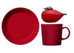 RED CHRISTMAS INSPIRATION FROM IITTALA