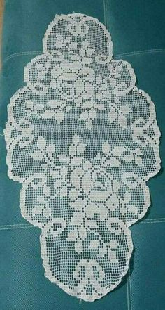 Crochet Doily Patterns, Baby Knitting Patterns, Crochet Designs, Crochet Doilies, Crochet Books, Thread Crochet, Filet Crochet, Crochet Table Runner Pattern, Crochet Placemats