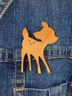 cute deer wooden brooch
