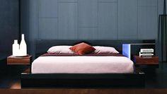 Modrest Alaska Night Modern Bedroom Set in Black Lacquer by Vig Furniture https://furnituregallerynyc.com/product/alaska-night-bedroom-set
