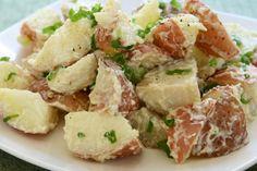Salade de pommes de terre version repas  - Recettes - Recettes simples et géniales! - Ma Fourchette - Délicieuses recettes de cuisine, astuces culinaires et plus encore!