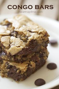 Congo bars AKA chocolate cookie bars yummy with ice cream on Dessert Dessert 13 Desserts, Delicious Desserts, Dessert Healthy, Delicious Chocolate, Oreo Dessert, Dessert Bars, Cake Bars, Cookie Recipes, Dessert Recipes