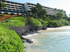 "mauna kea beach hotel : [som + belt collins, 1965] ""Tropical Mod"""