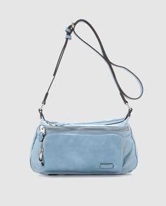 83fffd8147 Bandolera mediana de mujer en azul claro con bolsillos exteriores