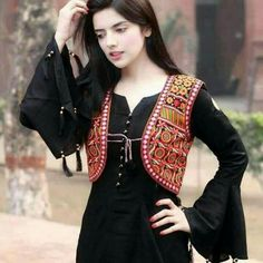Someone sought for: shrugs for clothes! Finthousands of handmade, old-fashioned, and one-of-a-kind merchandise. Pakistani Fashion Casual, Pakistani Dress Design, Pakistani Dresses, Indian Fashion, Sleeves Designs For Dresses, Dress Neck Designs, Kurti Designs Party Wear, Kurta Designs, Stylish Dresses