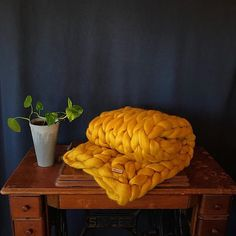 Chunky knit blanket in mustard