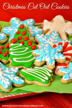 Baking Christmas cookies is a great activity to share with your children. You will be making memories that last a lifetime when baking these Butter Cookies. Christmas Sweets Recipes, Holiday Snacks, Christmas Goodies, Christmas Treats, Christmas Baking, Christmas Fun, Holiday Recipes, Christmas Decorations, Butter Cookies Christmas