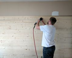Why your home NEEDS a wood plank accent wall + how to DIY one on a budget! This tutorial will show you exactly how to install a DIY wood wall for cheap! Add a wood wall for the bedroom, living room, or bathroom! Shiplap Wood, Wood Plank Walls, Wood Planks, Wood Picture Frames, Picture On Wood, Diy Wood Wall, Diy Step By Step, Ship Lap Walls, Wood Accents