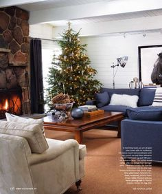 GREAT HOUSE Christmas Holidays, Christmas Decorations, Xmas, Christmas Ideas, Holiday Fashion, Holiday Style, Natural Christmas, House And Home Magazine, Wonderful Time
