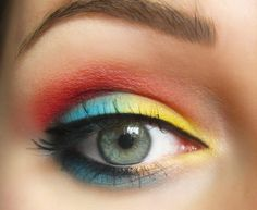 Yellow, blue, red https://www.makeupbee.com/look.php?look_id=84858  Product Used  Sleek Curacao palette