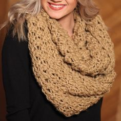 chunkt knit infinity scarf. a must for fall