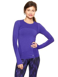 GapFit Motion crewneck T | Gap