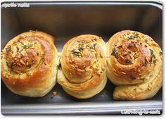 Learning-to-cook: Garlic Rolls - Breakfast recipe Garlic Spread, Garlic Rolls, Dry Yeast, Learn To Cook, Bagel, Buns, Breakfast Recipes, Bread, Learning