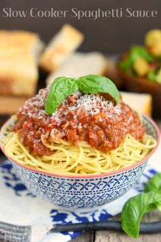 This Slow Cooker Spaghetti Sauce is the perfect dinner solution for busy weeknights! Made with garden fresh tomatoes, you can taste the freshness in every bite. Make it with or without meat - your choice!