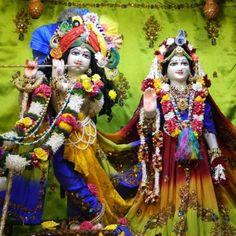 Daily Darshan (14-11-12) Govardhan Puja Festival @ISKCON Pune