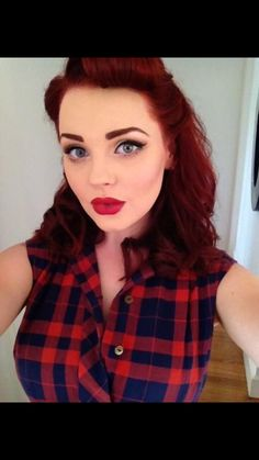 Possible hair color---- Fresh Rockabilly Look:: Pin Up Girl Make up:: Rockabilly Inspired Makeup:: Retro Style Pin Up Makeup, Retro Makeup, Makeup Looks, Hair Makeup, Makeup Style, Eye Makeup, Pin Up Looks, Pinup, Rockabilly Make Up