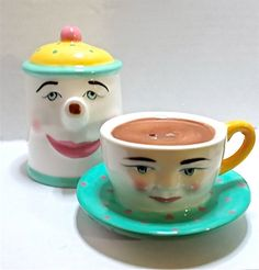 Vintage anthropomorphic salt and pepper shakers.