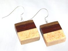Handmade from natural wood free of dyes or stains. Square earrings in black walnut, padauk and maple on sterling silver ear wires. Wire Jewelry, Jewelry Art, Wood Resin, Square Earrings, Wood Earrings, Woodcarving, Woodworking Ideas, Key Chain, Wood Art