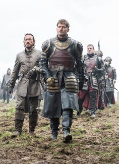 """6.07 """"The Broken Man"""" – Jaime, Bronn, and the Lannister army arrive at Riverrun."""