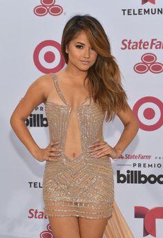 Ellas deslumbraron a todos con sus sensuales escotes y atuendos en la alfombra blanca de los Premios Billboard 2015.
