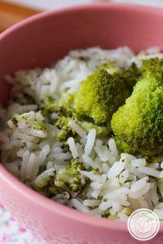 Receita de Arroz com Brócolis ao Limone - prepare esse arroz para a refeição da família dessa semana. #receitas #arroz #brócolis Quiches, Waffles, Broccoli, Catering, Vegan, Vegetables, Cooking, Food, Crepes