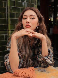 Mode Ulzzang, Ulzzang Girl, Aesthetic People, Aesthetic Girl, Korea Fashion, Pop Fashion, Woman Fashion, Korean Beauty, Asian Beauty