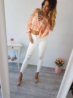 Krásne dámske blúzky hispanka vo veľkosti S, M White Jeans, Pants, Fashion, Colors, Trouser Pants, Moda, Fashion Styles, Women's Pants, Women Pants