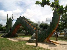 Dragon Slide Park l Okinawa Hai!
