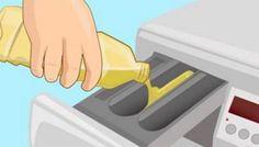 Giet azijn in de wasmachine. Als je ziet waarom, zal jij dit ook onmiddellijk doen! Handig!