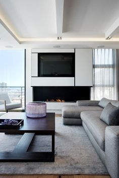 The Bantry Bay 501 luxury apartment in Bantry Bay, Cape Town, South Africa. Interior design and décor by Chris Smit for Newpad.