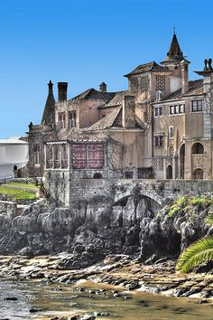 Old Palace on the cliffs Cascais, Portugal Visit Portugal, Spain And Portugal, Portugal Travel, Spain Travel, Algarve, Beautiful Places To Visit, Places To See, Ericeira Portugal, Sintra Portugal