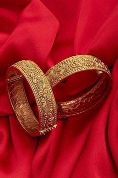 Floral Gold Plated Temple Work Bangles - Paisley Pop Order on whatsapp 9170945731 Gold Bangles Design, Gold Earrings Designs, Gold Jewellery Design, Gold Jewelry, Gold Bangle Bracelet, Bangle Set, Gold Necklace, Bracelets, Gold Plated Bangles
